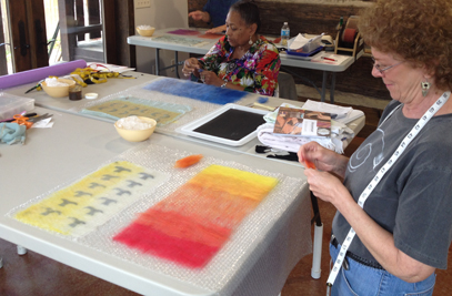 Partial felt color gradation in the layout stage (Kate Veness-Meehan's work, STRONGFELT STUDIO workshop, 2014).